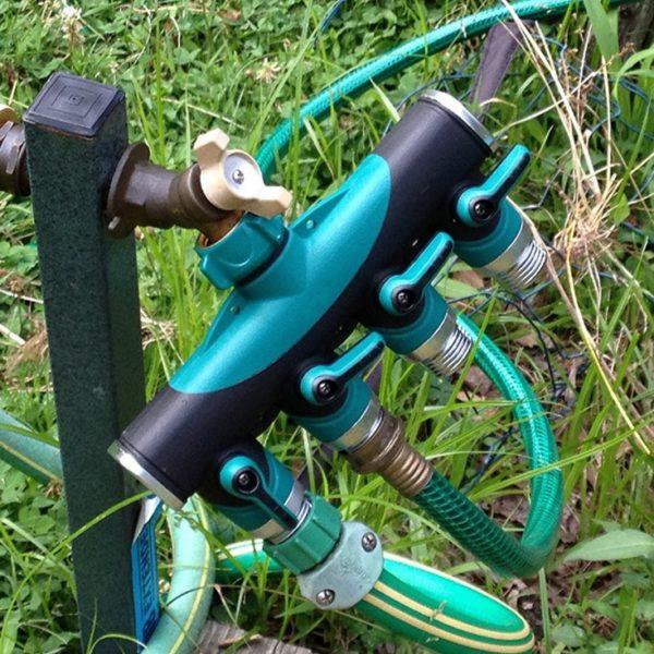 4 way hose connector
