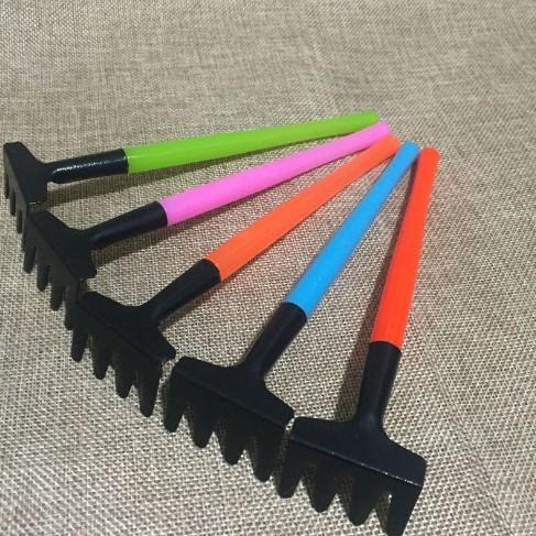 plastic hand mini garden tool